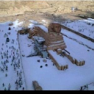 sphinx-snow