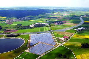 bavaria_germany-solar-farm
