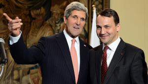 Radoslaw-Sikorski-us-polish-ties-worthless-230614e