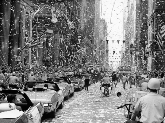 apollo_11_tickertape