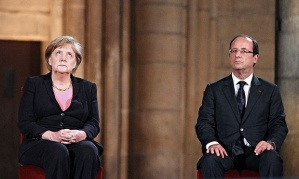 Merkel-and-Hollande-012