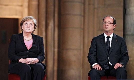 Merkel-and-Hollande-012