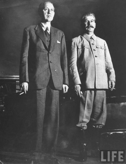 Harry-Hopkins+Joseph-Stalin