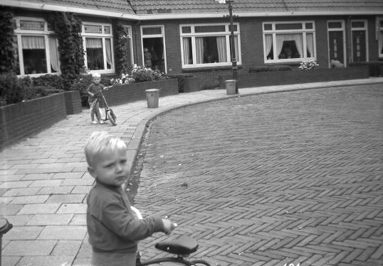 peter-als-kind-in-de-rozenstraat